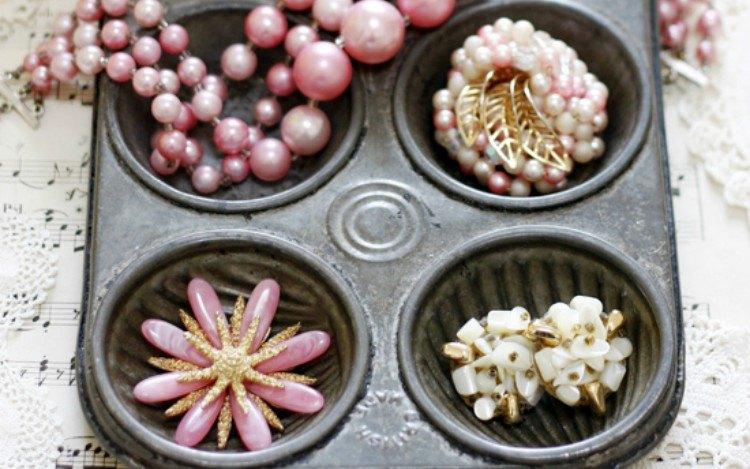 jewelry muffin tray