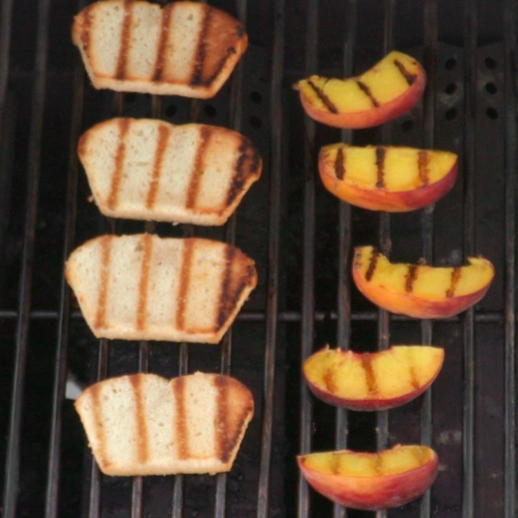 Grilled Peaches and Cake