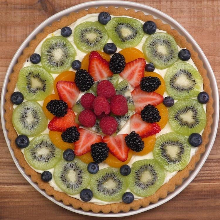 sugar cookie fruit tart fruit arrangement