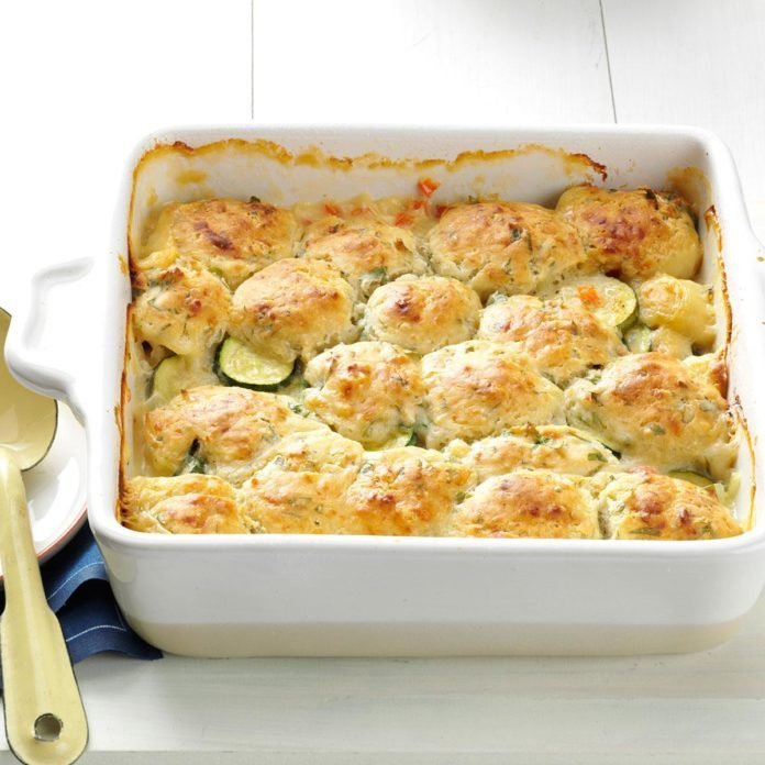 Summer-Vegetable-Cobbler_exps167531_TH2847295B03_06_4bC_RMS-1-696x696