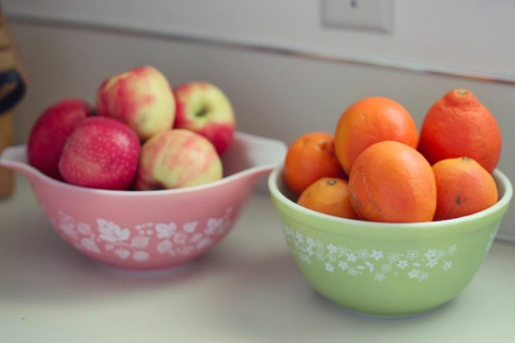 fruit in pyrex bowls