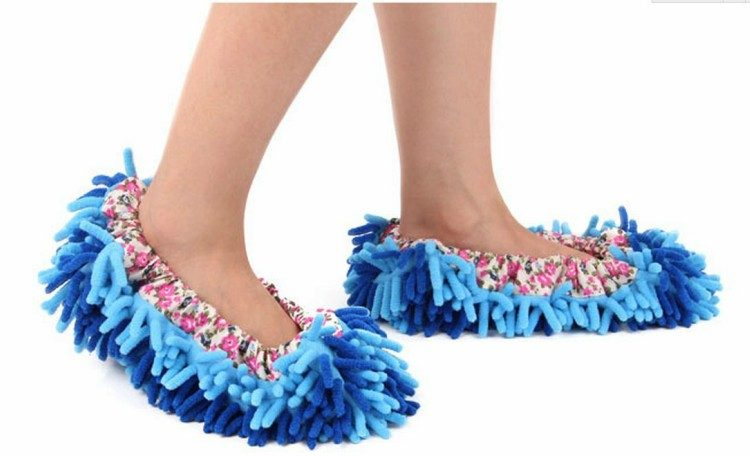 clean dust slippers