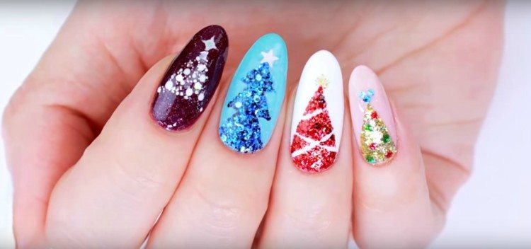 Image of Christmas nails.