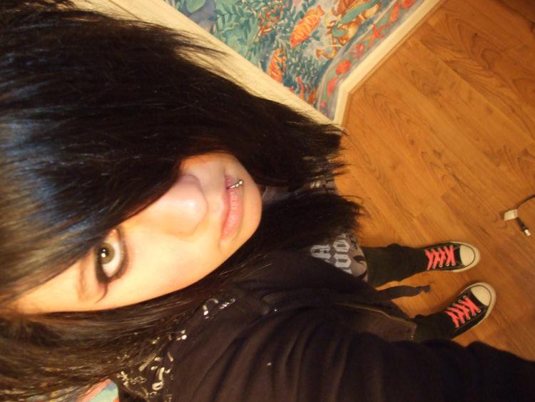 Image of emo scene girl with side bangs