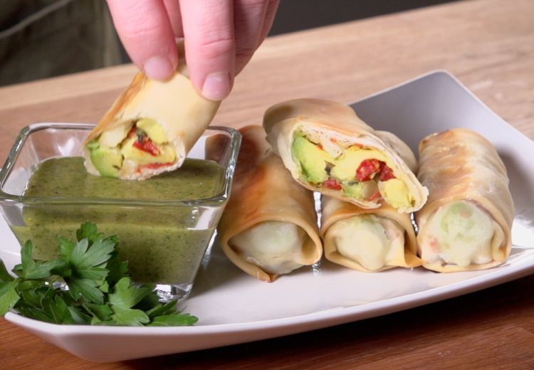 Baked Avocado Rolls