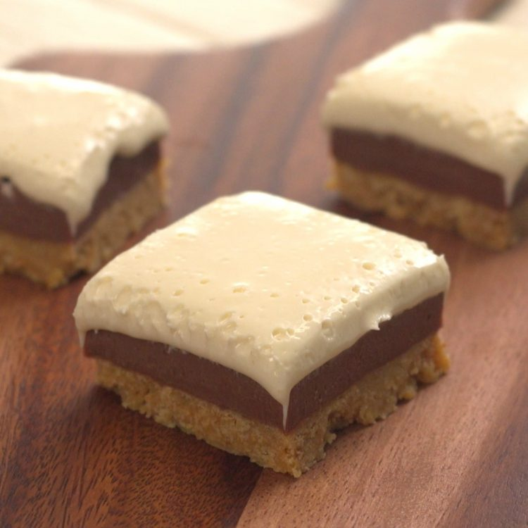 Squares of homemade s'mores fudge