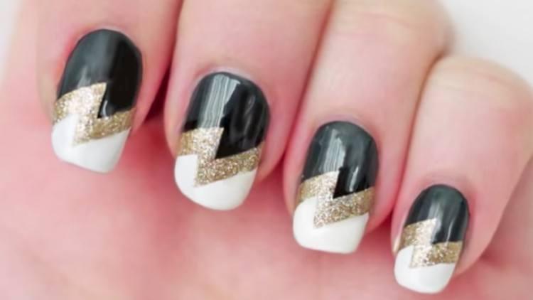 nails lightning bolt