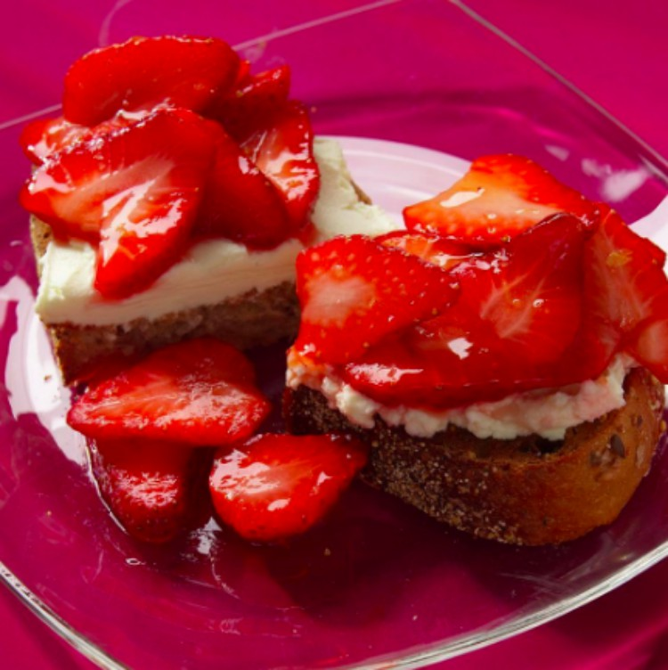 Image of strawberry bruschetta