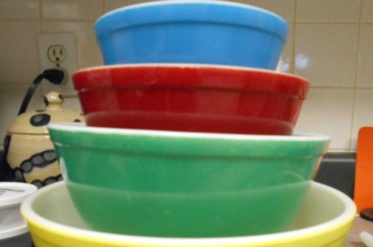 stacked colorful pyrex bowls