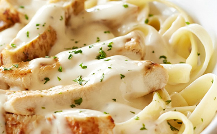 Image of chicken Alfredo from Olive Garden.