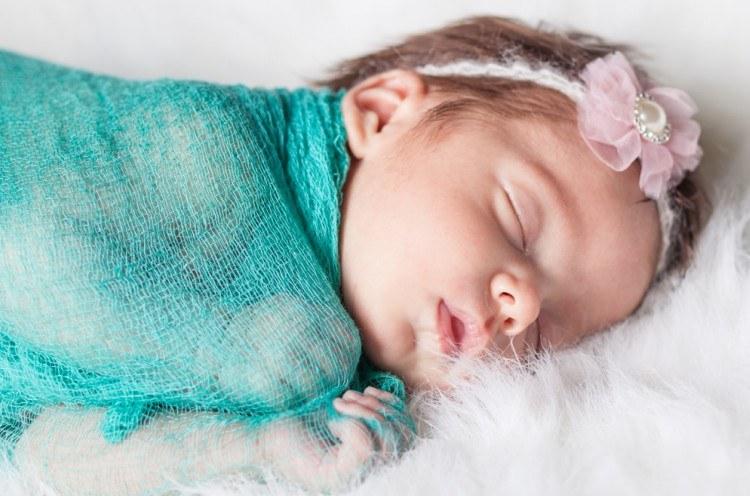 Little girl sleeping.