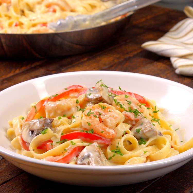 Shrimp Alfredo Pasta plated