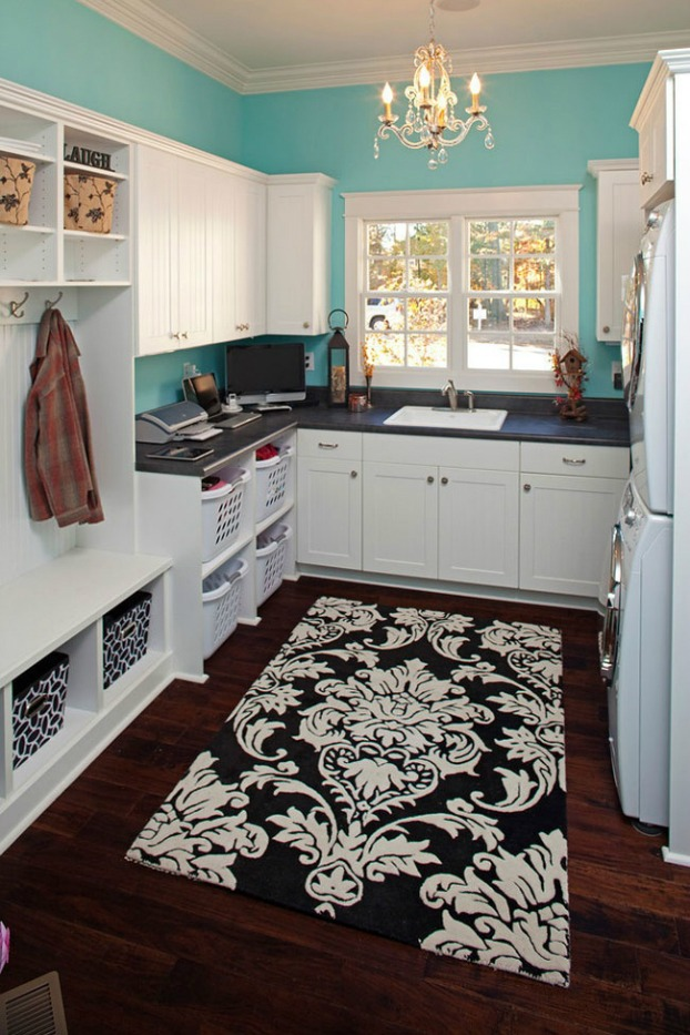 Fashionista Laundry Room