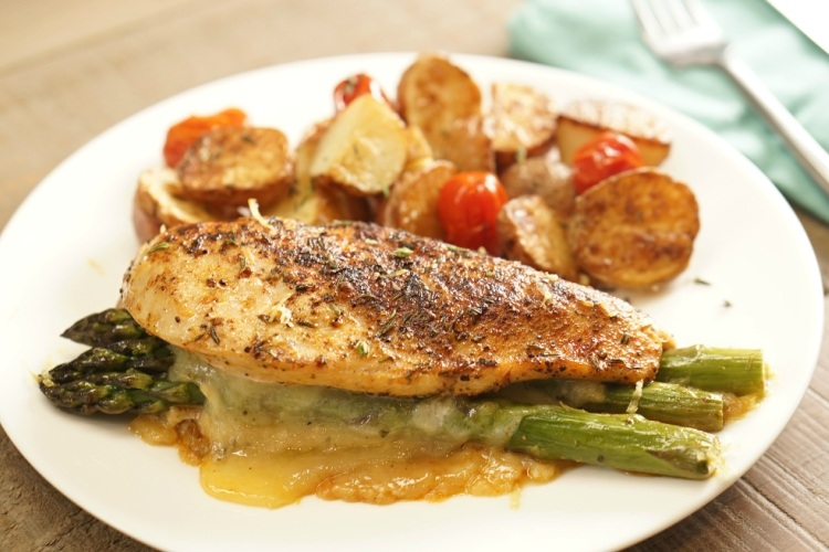 Asparagus-Stuffed Chicken