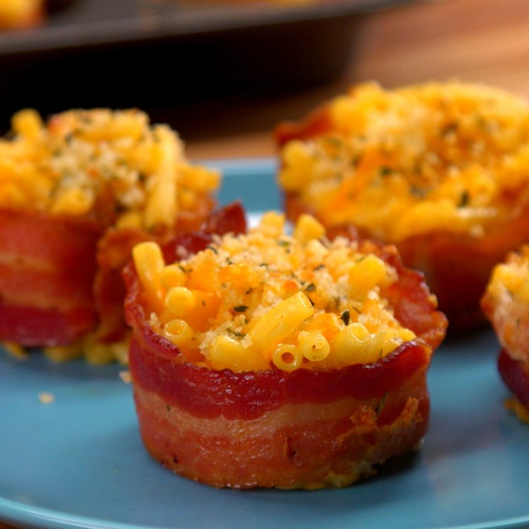 Reasons to make bacon-wrapped mac & cheese for a party appetizer or anytime snack: 1) portable, 2) make-ahead, 3) no bowl necessary, 4) BACON.