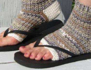 pedicure socks on feet