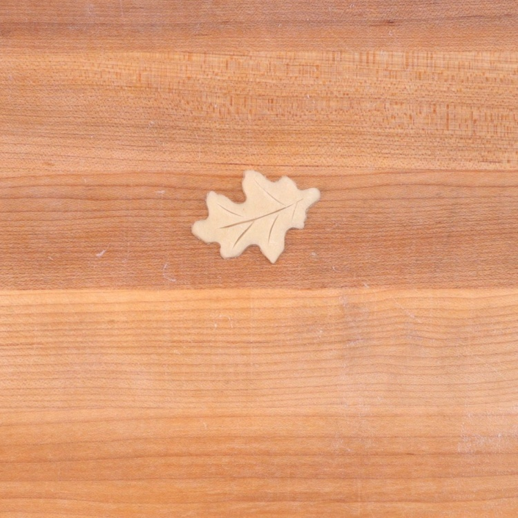 Leaf decoration for mason ring pumpkin pies