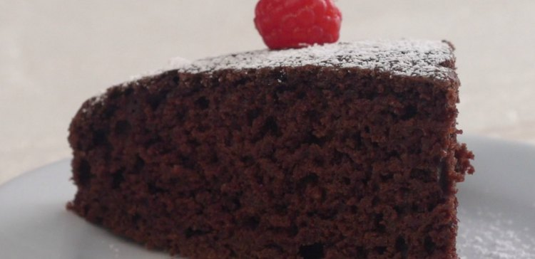 Vegan Chocolate Cake 7