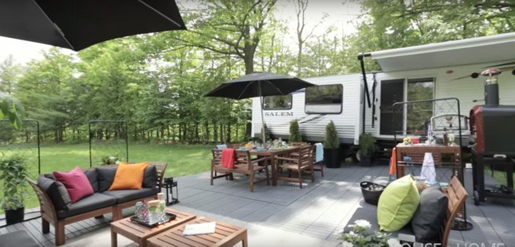 Made-over trailer patio.