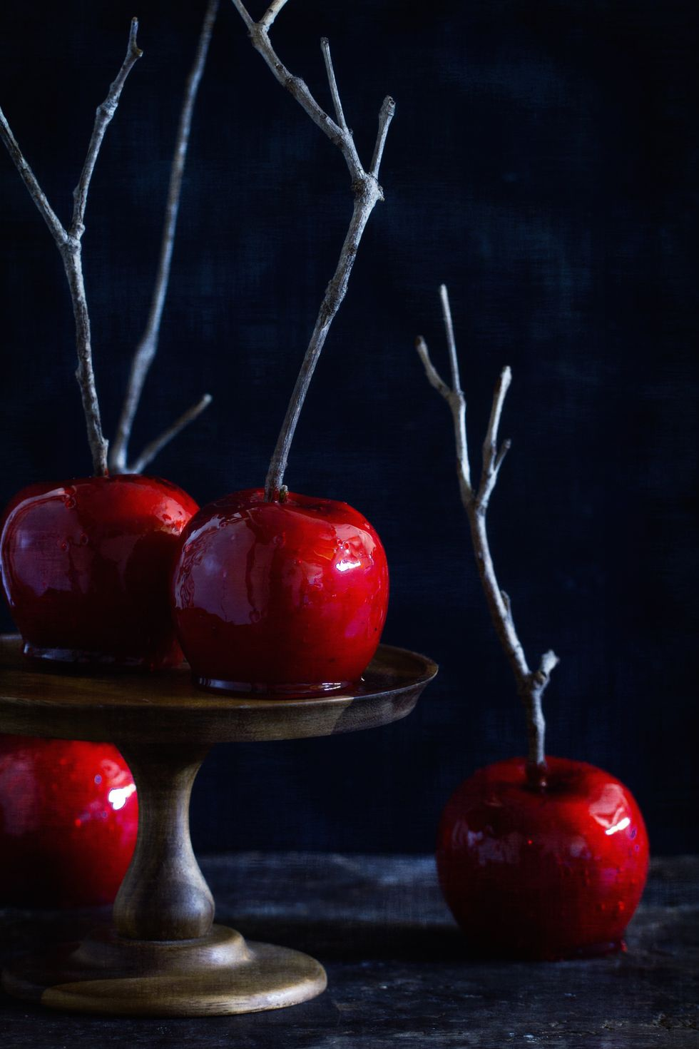 1442854367-9-candy-apples