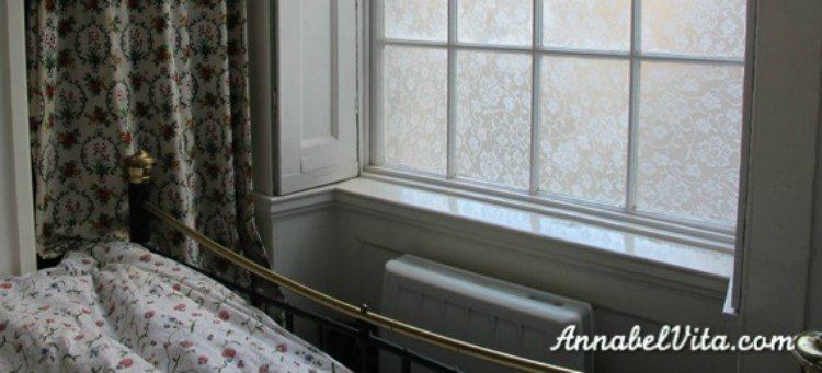 expanded view of lace window treatment