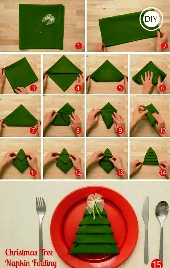 Christmas-tree-napkin-fold.