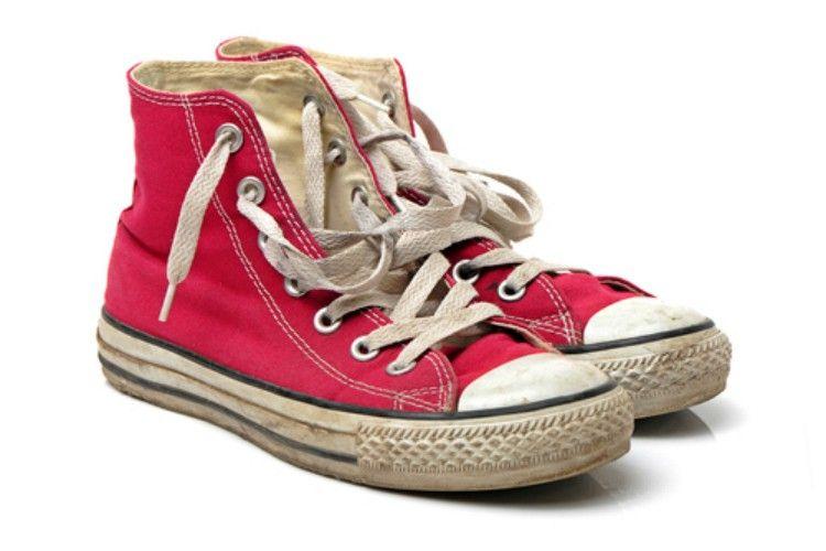 OldSneakers