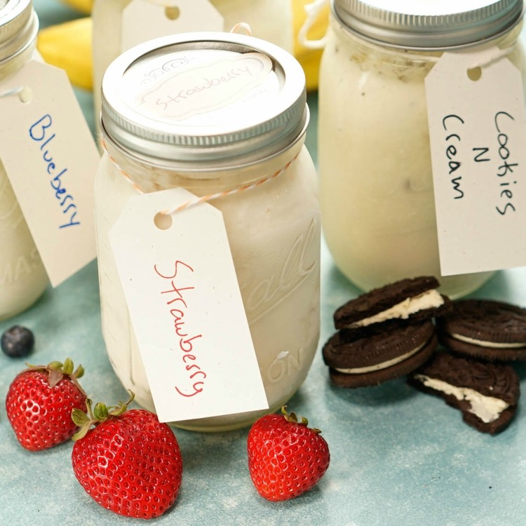 Mason Jar Ice Cream in 3 flavors