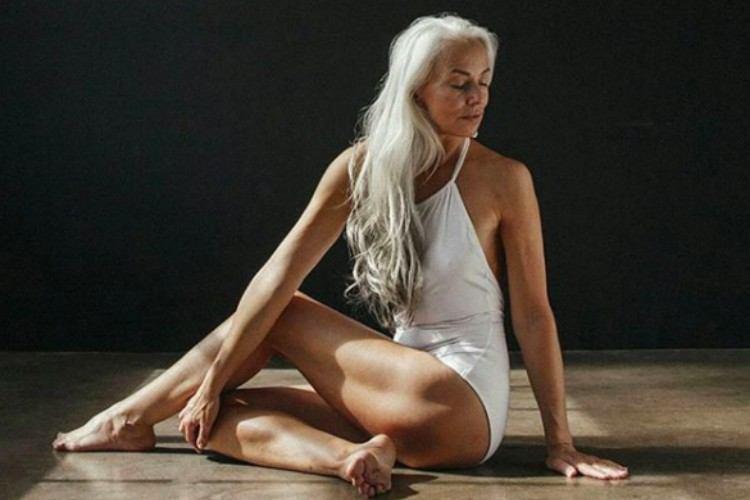 Rossi yoga pose