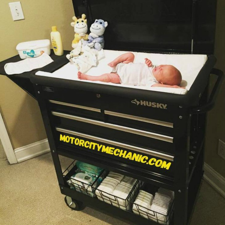 Dad S Diy Changing Table Idea Is Impressing Parents Everywhere
