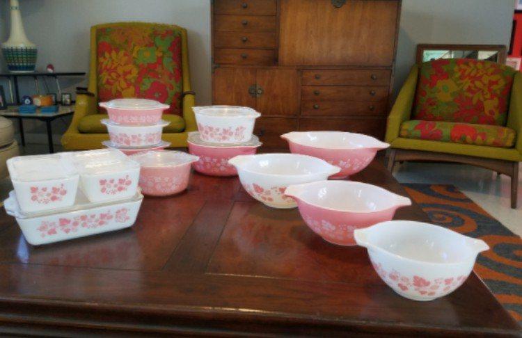 set of pink pyrex
