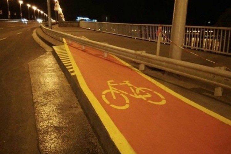 fail bike lane