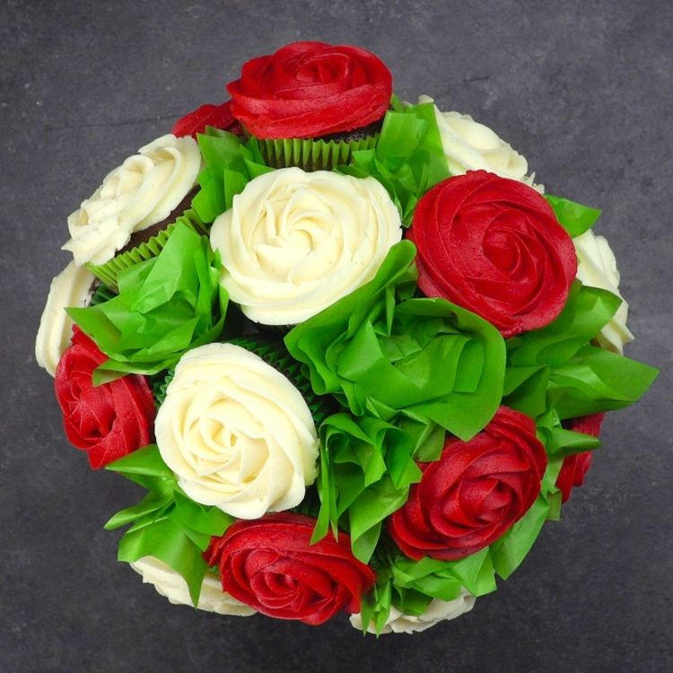 Overhead picture of bouquet made of cupcake roses
