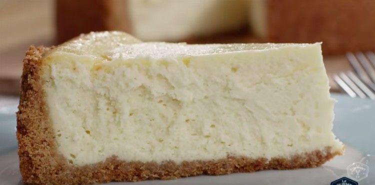 egg nog cheesecake slice