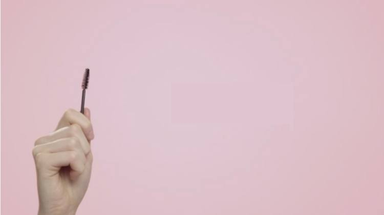Use a spoollie brush to separate lashes