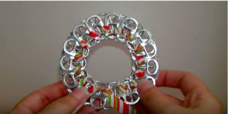 soda top wreath