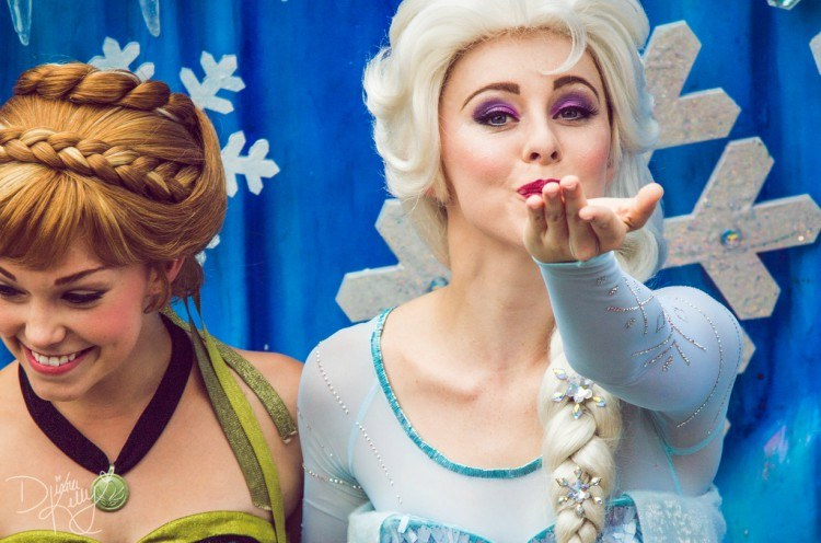 Image of Disney princess performer.