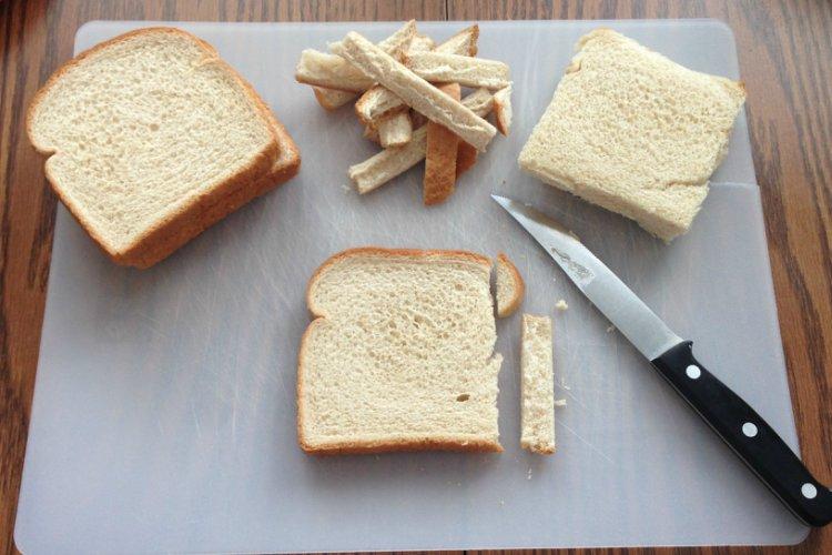 OP LvH Bacon Roll Ups Cutting Crusts