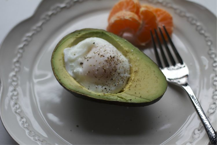 Egg in Avocado 2