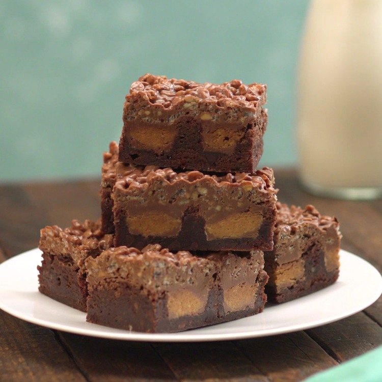 Crackle Peanut Butter Cup Brownies 3