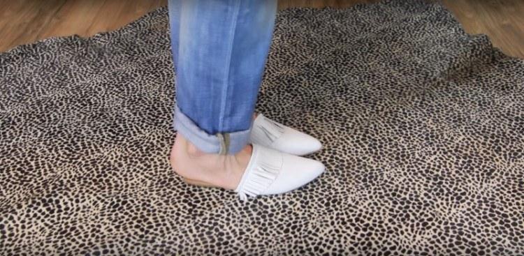 Classy, neat jean cuff.