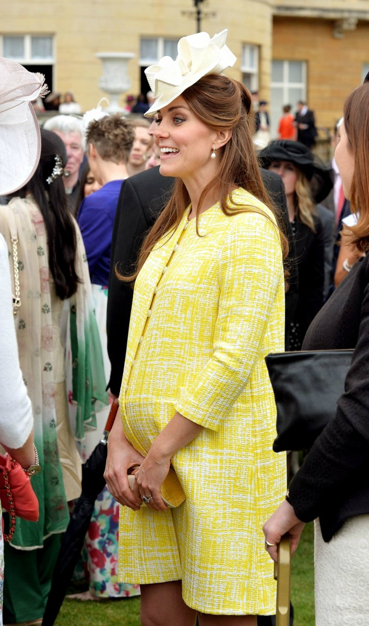 Image of Kate Middleton in yellow coat.