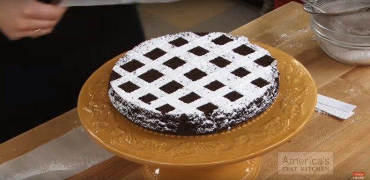 Powdered Checkered Pattern