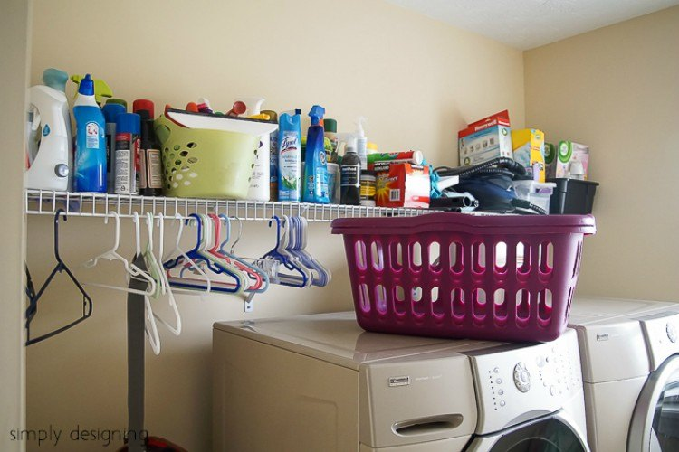 Image of laundry room before makeover