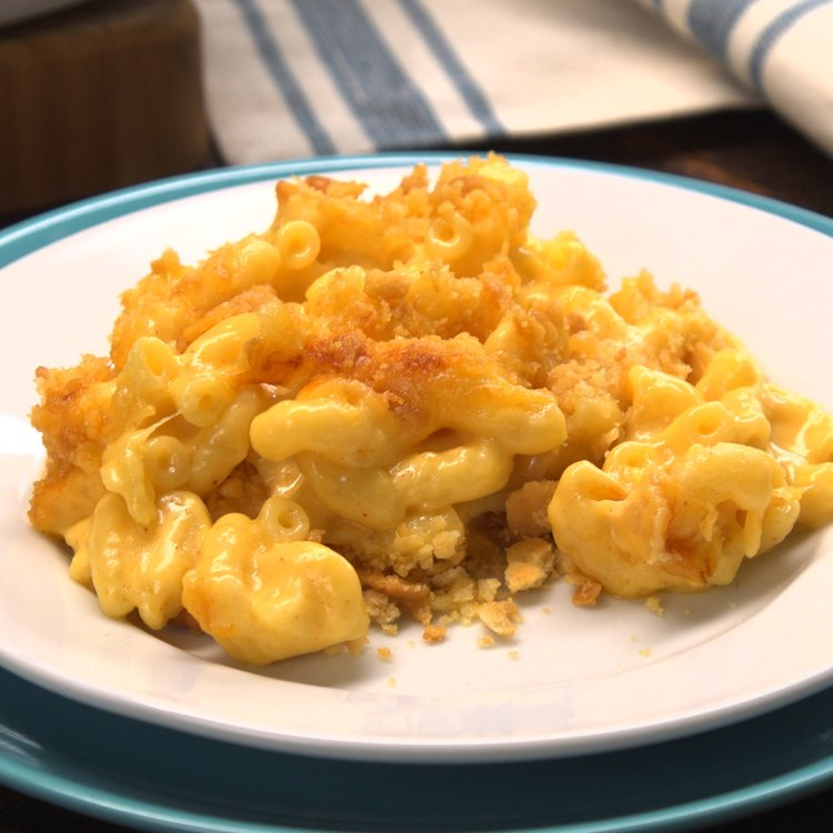 Baked Mac & Cheese plated