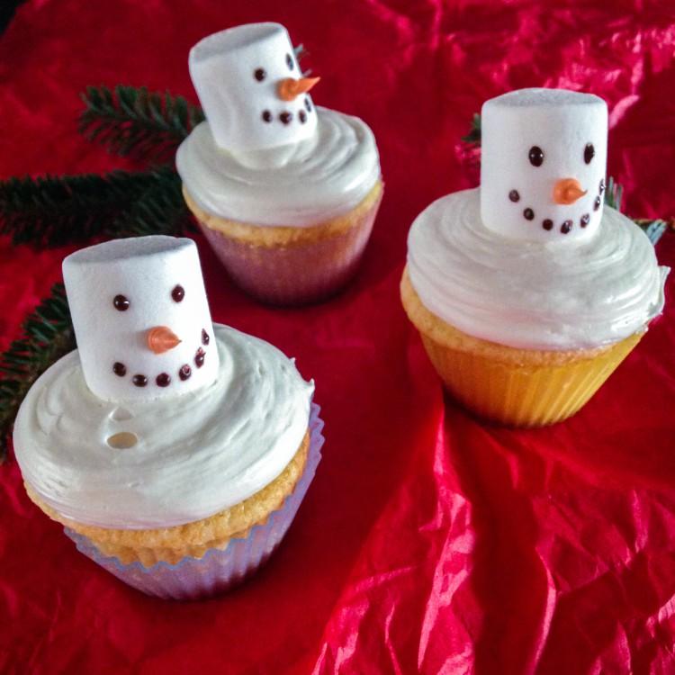 snowmencupcakes-1-5a
