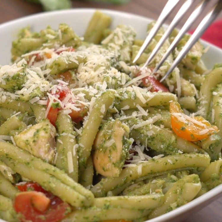Eating Avocado Pesto Chicken Pasta