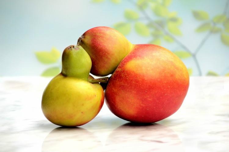 mutant apples