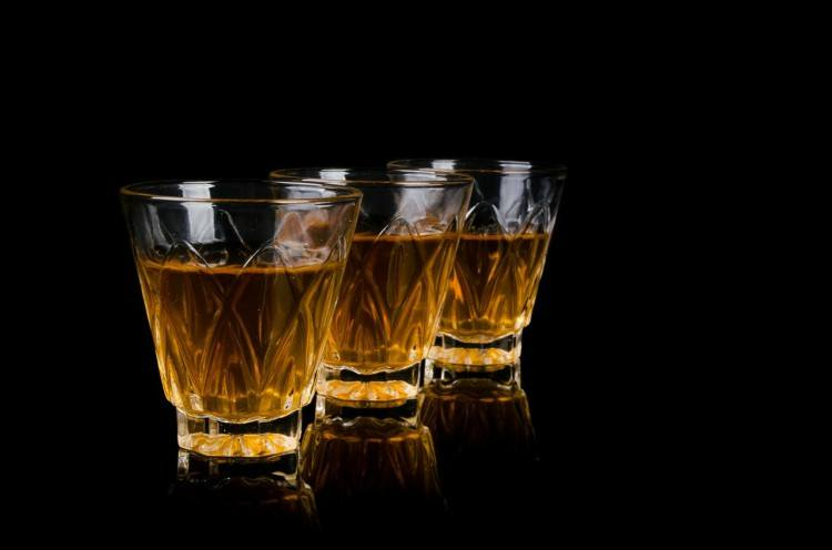 lefty alcohol