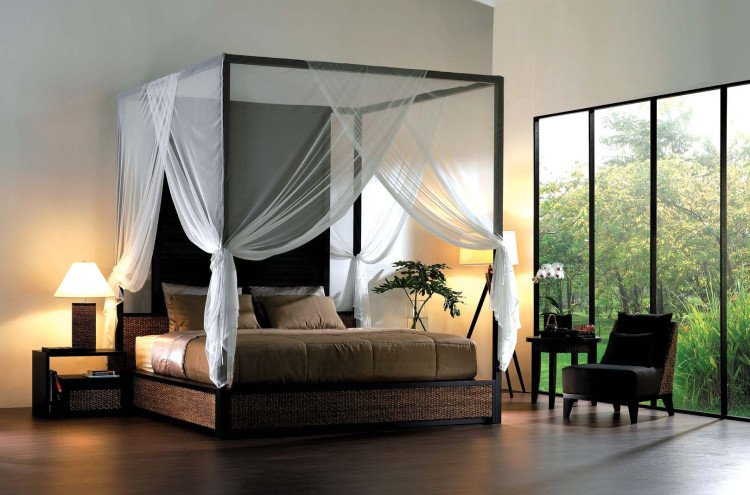 Classic canopy bed.